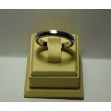 Золотое кольцо с бриллиантами 135-7