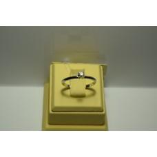 Золотое кольцо с бриллиантом 096(380)