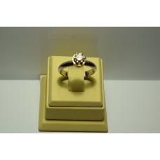 Золотое кольцо с бриллиантом 026
